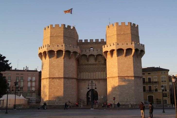 Башни Серранос, Валенсия