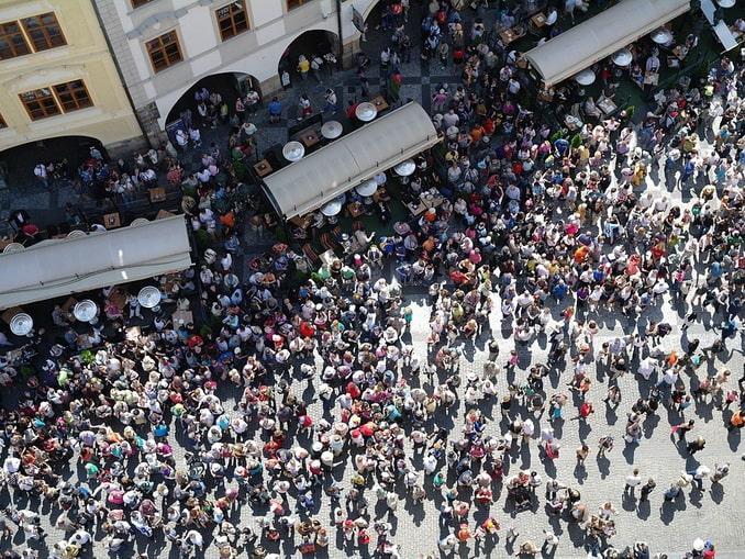 Прага, толпа туристов