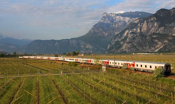 Поезд Москва-Ницца во Франции, фото menton.su