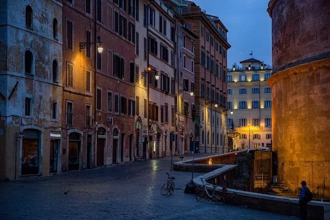 Рим, около Пантеона