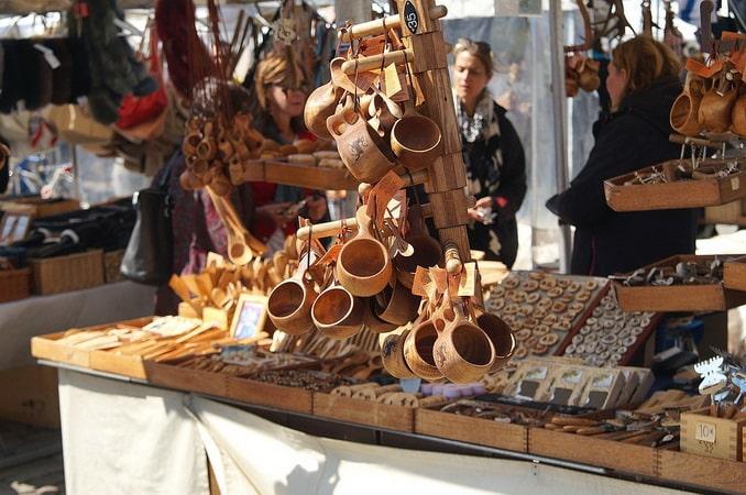 Сувениры на Рыночной площади Хельсинки