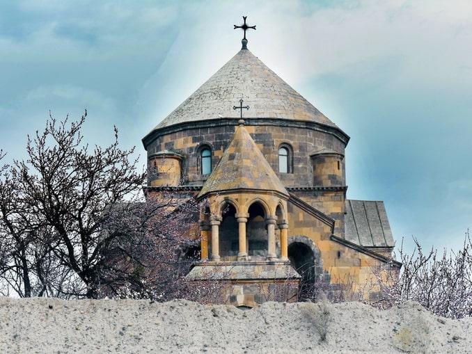 Церковь в Вагаршапате Армения