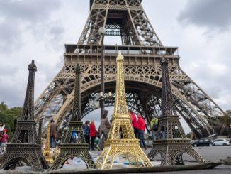 Франция, Эйфелевы башни