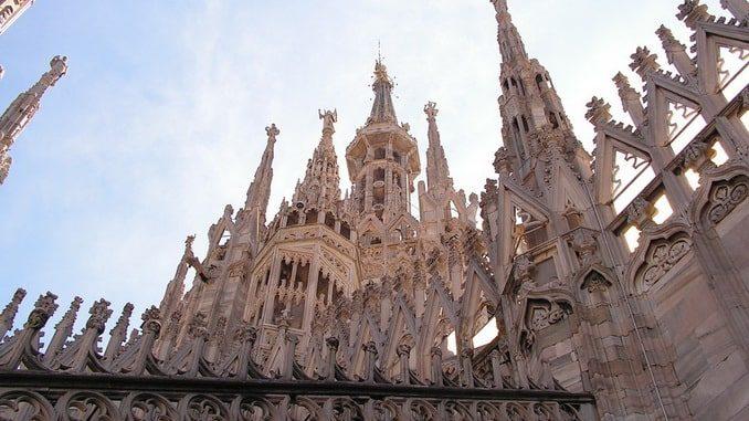 Милан соборные шпили