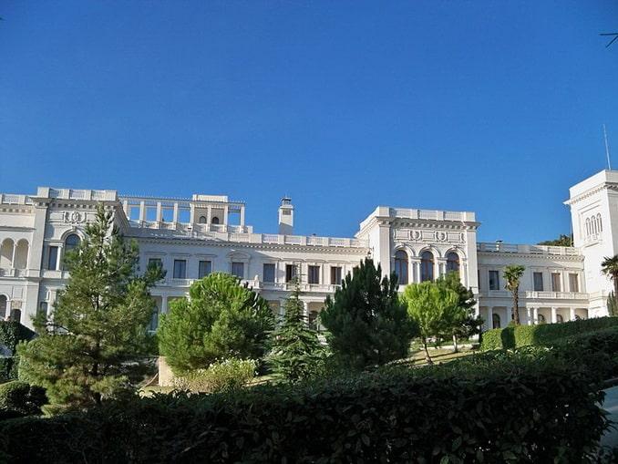 Ливадийский дворец в Крыму, главный фасад