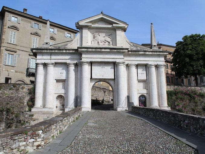 Порта Сан-Джиакомо, Бергамо