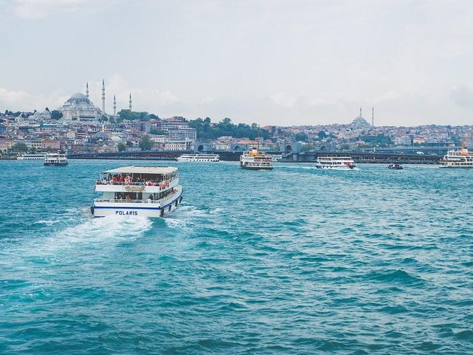 Кораблики на Босфоре
