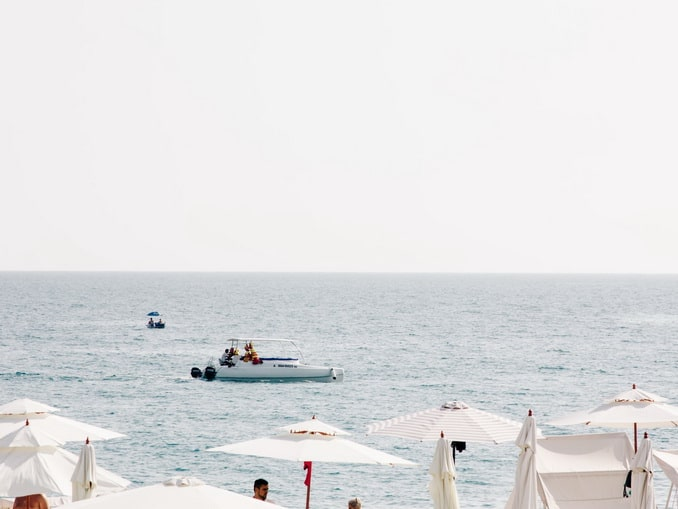 Адлер, море