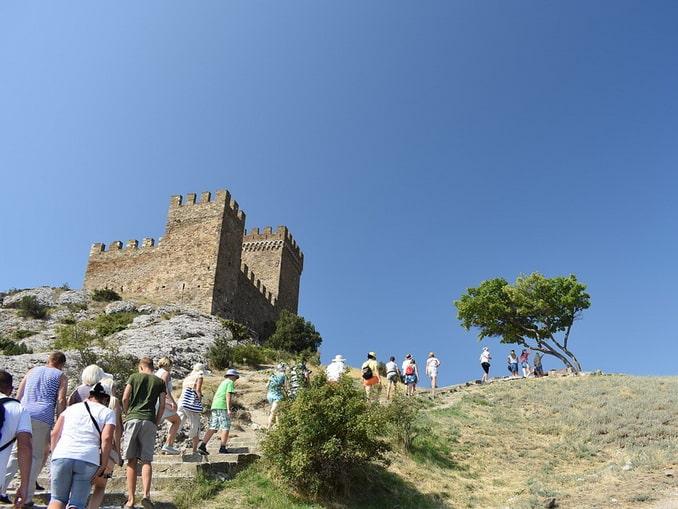Генуэзская крепость в Судаке - достопримечательность №1