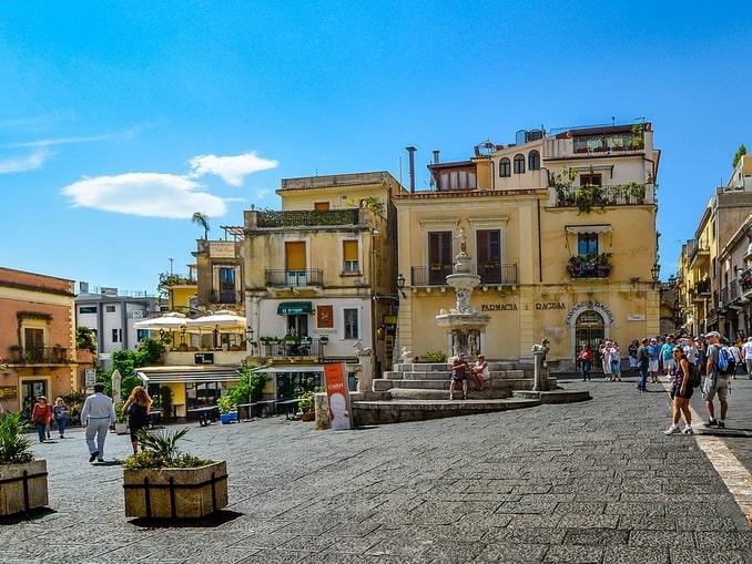 Таормина - второе, что нужно увидеть на Сицилии