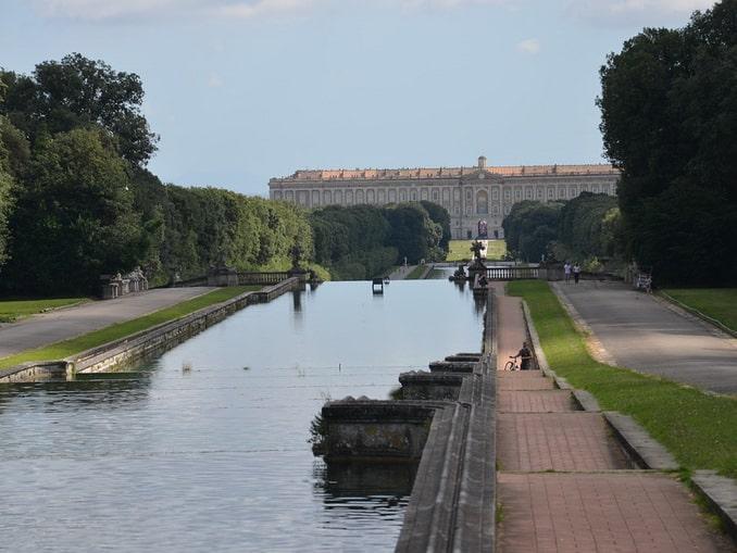 Дворец Казерта, Италия