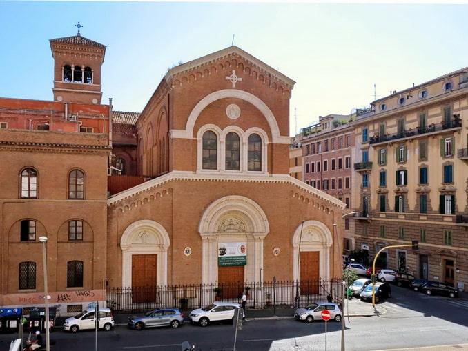 Вид из окна Alloggio Re Di Roma