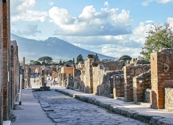Руины Помпеи, Италия