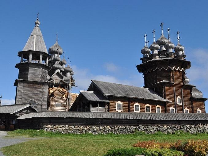 Покровская церковь и колокольня, Кижи
