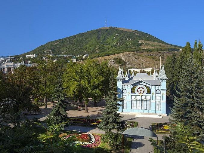 "Пятигорский парк ""Цветник"""