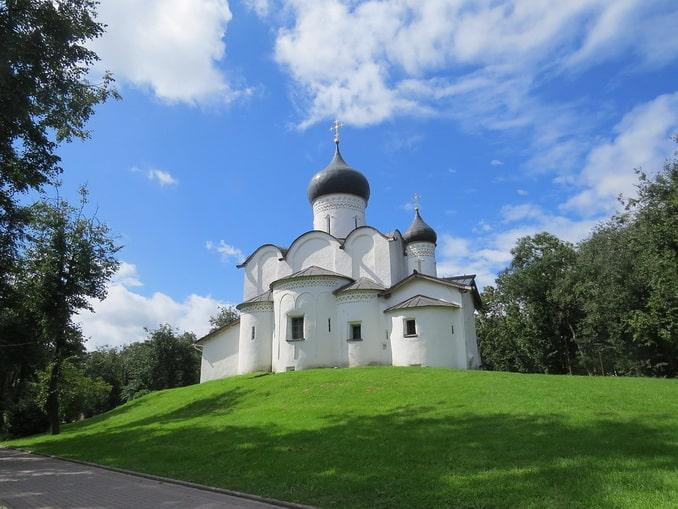 церковь Василия-на-горке в Пскове
