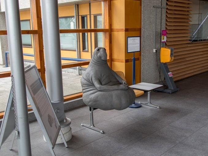 Фигурку Ждуна стоит увидеть в Лейдене, фото m-medved.blogspot.com