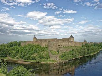 Граница России с Эстонией: река Нарва и Ивангородская крепость