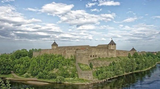Граница России с Эстонией - когда откроют для туристов?