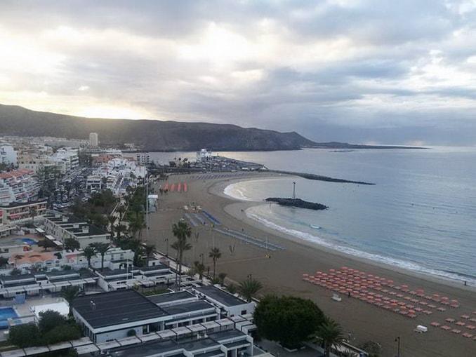 Вид из апартаментов Torres del Sol на Тенерифе