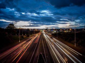 Ночное шоссе, Москва