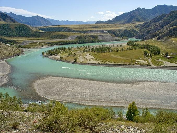 Река Катунь на Алтае, Россия
