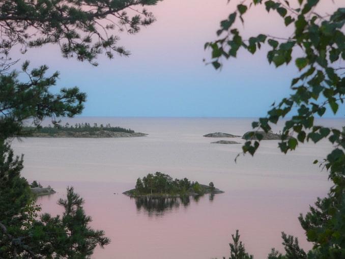 Ладожское озеро, Карелия в начале июля