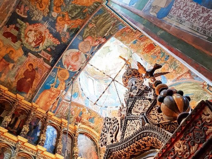 Интерьер церкви Ильи Пророка в Ярославле
