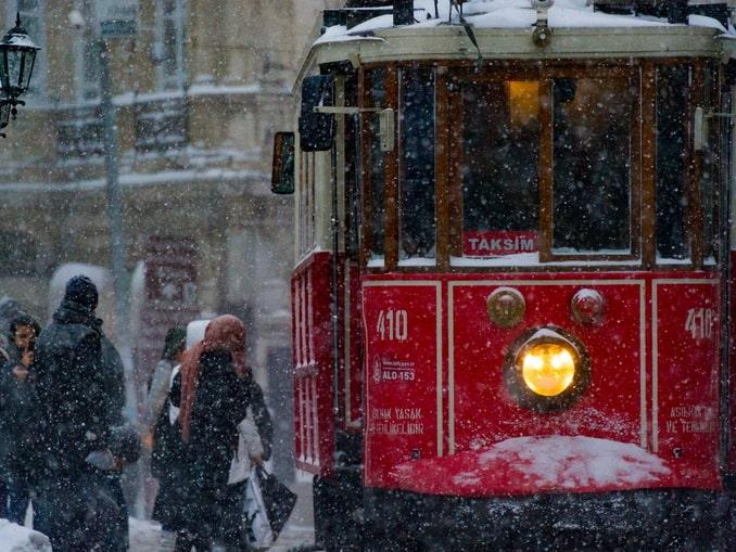 Стамбул, Турция, снежная погода
