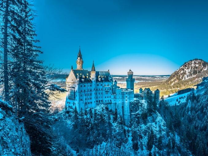 Нойшванштайн в Баварии