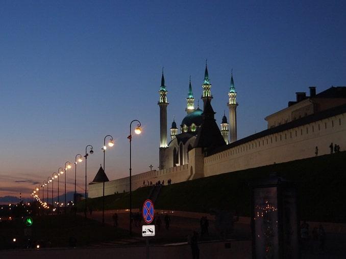 Кремль в Казани весной