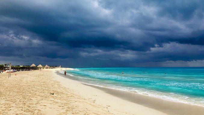 Море на Кубе в мае