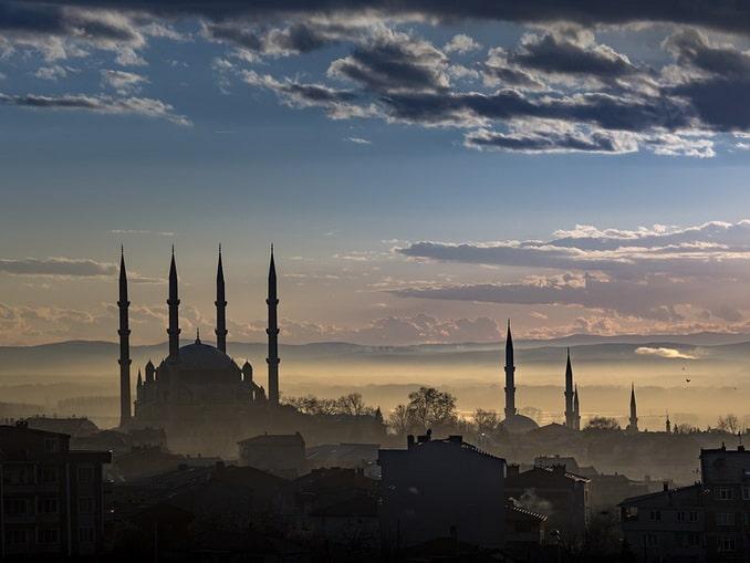 До Эдирне из Стамбула можно доехать за 2 часа