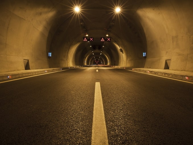 Дорога в туннеле в Турции