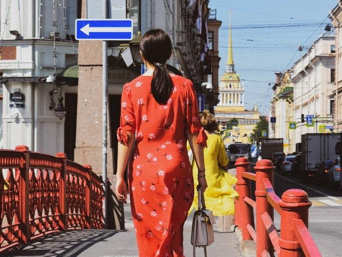 На Красном мосту в Санкт-Петербурге в конце лета