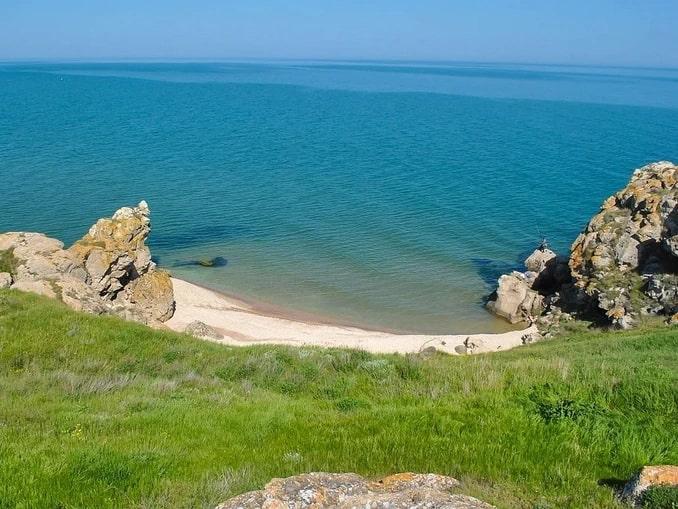 Генеральские пляжи в Крыму - куда можно поехать в августе