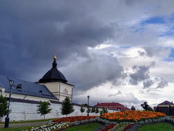 Свияжск - сюда можно съездить из Казани летом