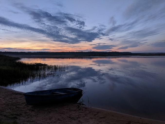 Озеро Селигер - сюда можно съездить на выходные из Питера с детьми