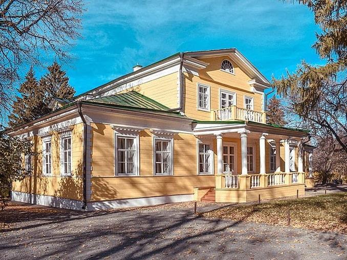 Господский дом в Болдино где находится, фото Афоньшин Сергей / Wikimedia Commons