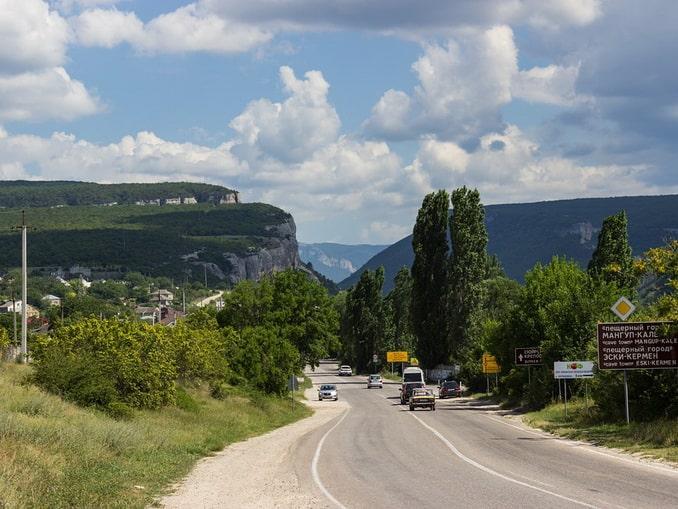 Дорога в Крыму - сколько ехать из Москвы по времени