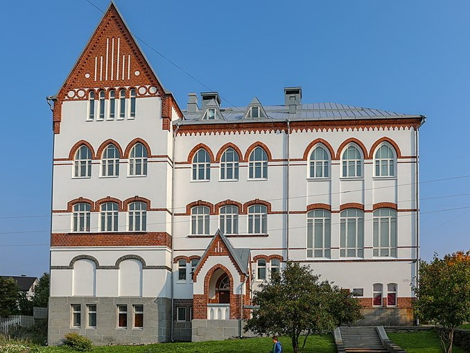 Здание женской школы нужно посмотреть в Сортавале, фото Ninaras / Wikimedia Commons