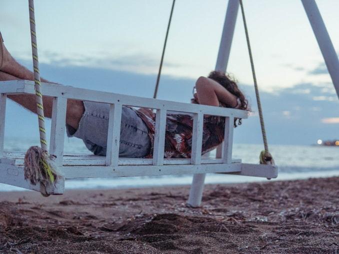 На пляже - стоит ли ехать в Аланию в начале октября?