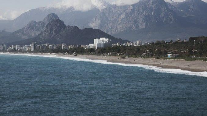 Анталия - где лучше отдохнуть в Турции в ноябре?