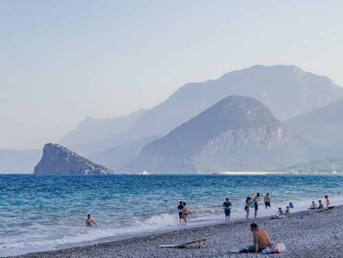 В Анталии в ноябре еще можно купаться