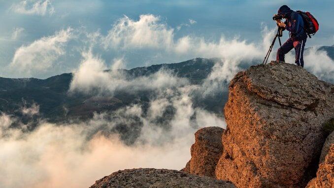 Долина Привидений на Демерджи в Крыму, фото Sergey Pesterev