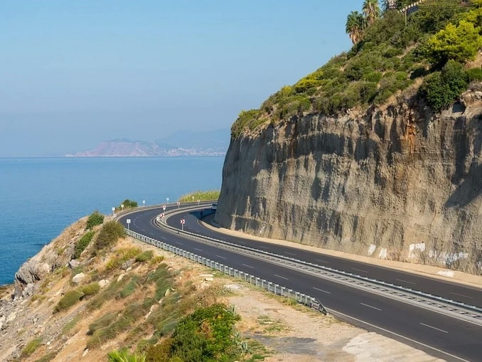 Дорога из Алании в Каппадокию позволяет добраться за 6-7 часов