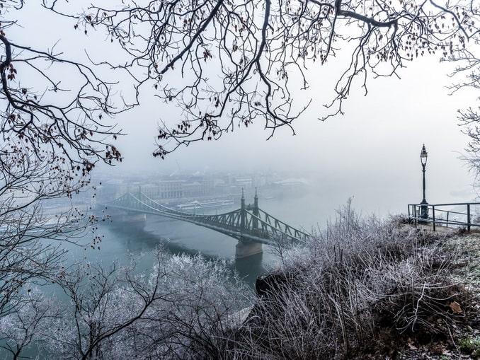 Погода в Будапеште в декабре еще не слишком морозна