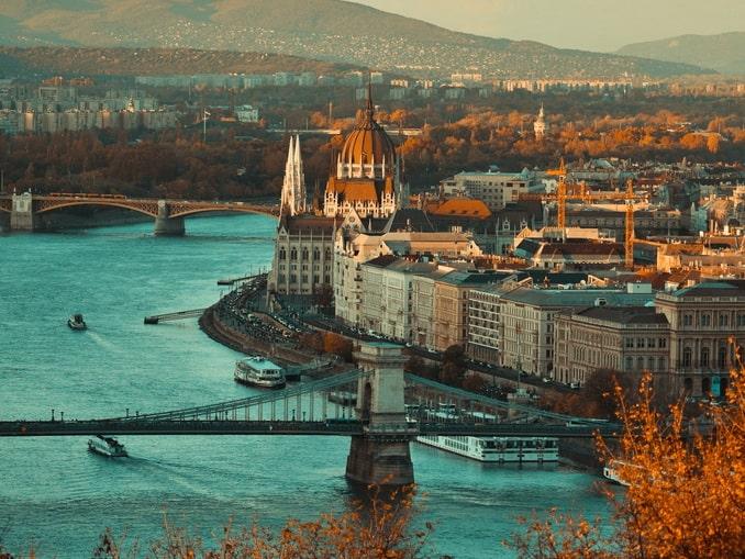 В конце октября Будапешт нереально красив