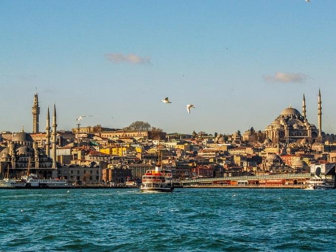 В Стамбул стоит ехать в Турцию в декабре