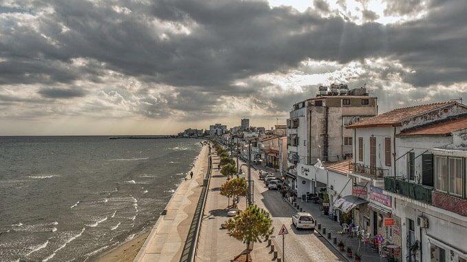 В январе на Кипре стоит не холодная погода